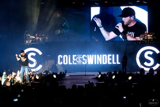 Cole Swindell concert at Whitewater on October 20, 2018. Photos by Johnnie Walker