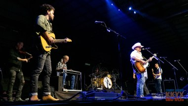 Randy Rogers and Wade Bowen - July 20, 2019. (photos Johnnie Walker)