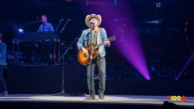 Dustin Lynch Live at the San Antonio Rodeo - February 8, 2020 (photos Johnnie Walker)