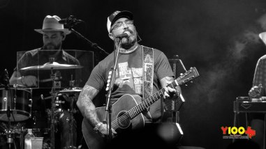Aaron Lewis Live at Floore's - August 16, 2019. (photos Johnnie Walker)
